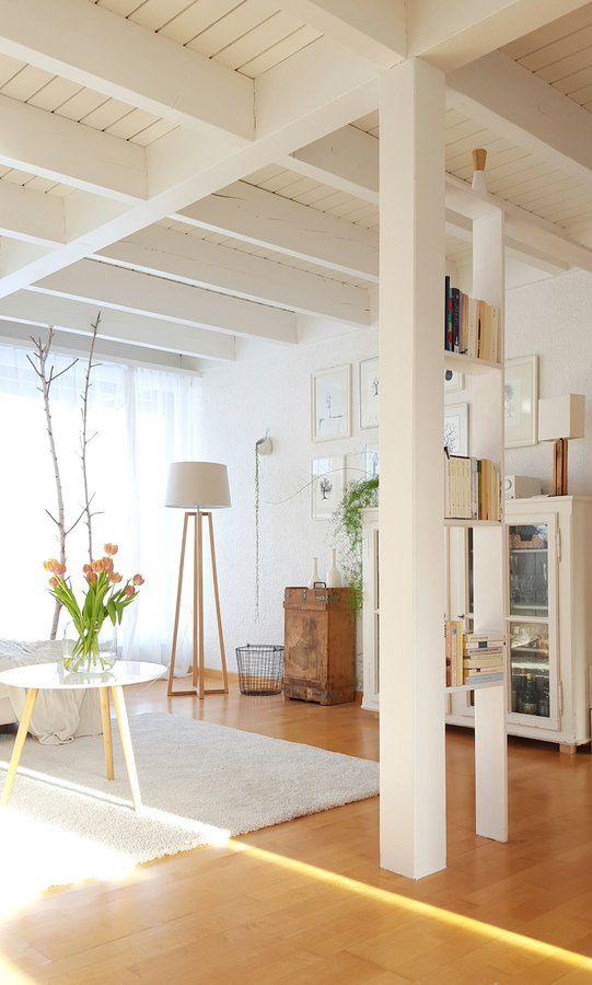 Morgenstund #interior #interiorideas #einrichtung #einrichtungsideen #deko #decoration #dekoration #wohnen #living #landhaus #landhausstil #wohnzimmer #livingroom Foto: Merlynn