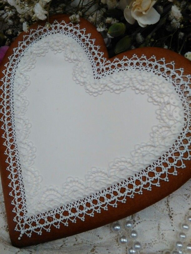 Valentine wedding gingerbread decorated heart intricately hand piped