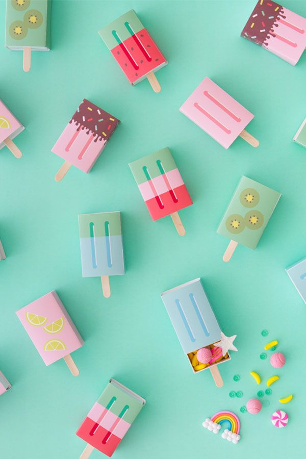 DIY Popsicle Favour Boxes // Printable ice-cream inspired goodies. There is NOTHING like a sweet, ice-cold popsicle on a hot Summer's day spent in the sunshine. Just fill these boxes with colorful treats and/or toys! - Loved Links // 6 Colour-Filled & Playful Printables for Summer Parties & Get Togethers @arosecast Illustration | Paper Crafts