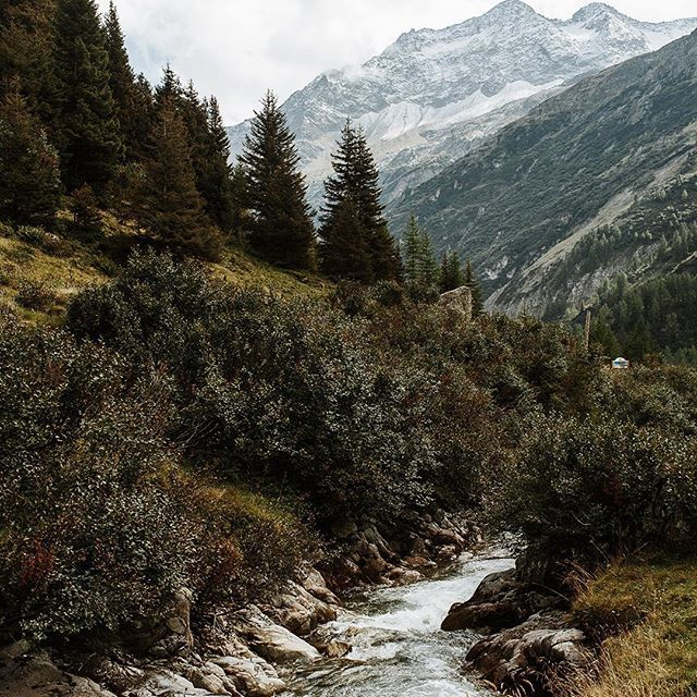 Rivers & Mountains.  #switzerland #mountains #vsco #superhubs #livefolk #river #andermatt #Switzerland_vacations