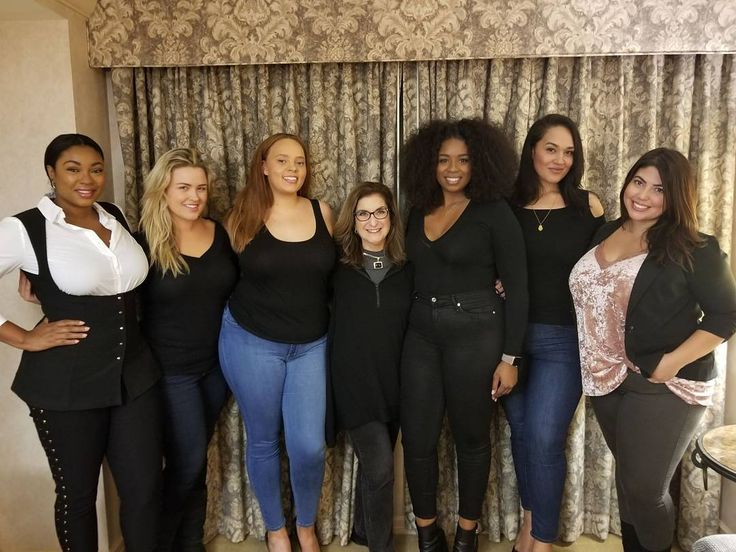 Sydney's Closet Designer Phyllis Brasch Librach all smiles getting together in NYC with the jaw-dropping gorgeous models from IPM Models!  #plussizemodels #newyork #sydneyscloset