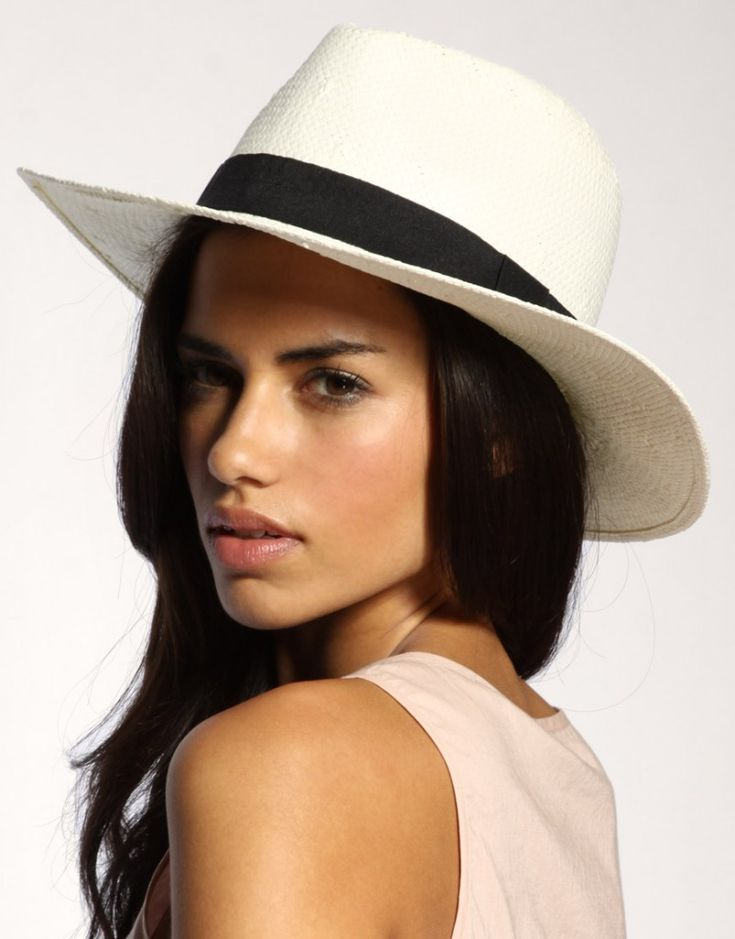 Moda para tu cabeza  los sombreros infaltables!  Es una lástima que no se  conserve tan fiel la antigua costumbre de usar sombrero. 4a42b47b997