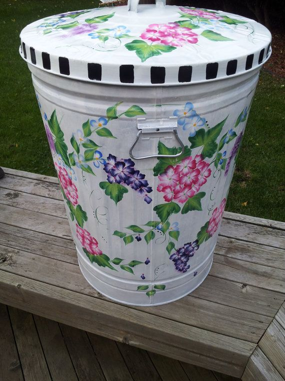 30 gallon decorative hand painted galvanized metal trash can wside handles and tight fit