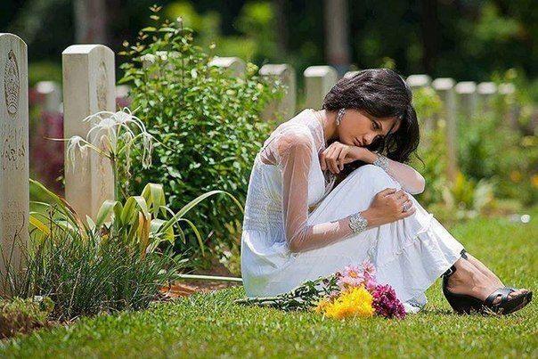Цените близкого человека, пока он рядом, не скупитесь на добрые слова и искренние эмоции, не ссорьтесь по мелочам, не теряйте такое драгоценное время на обиды и недомолвки. Жизнь не такая уж длинная. Берегите Любовь сегодня, берегите каждый день, цените близких людей, пока они с вами… чтоб потом не беречь одни воспоминания…