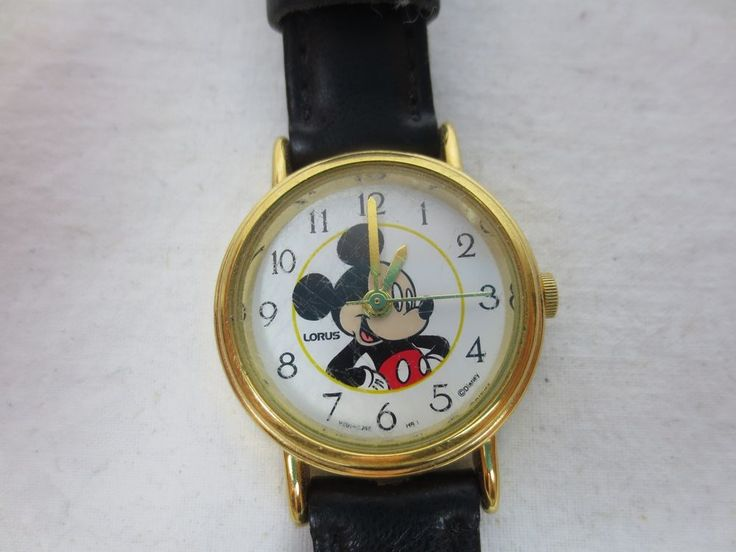 VINTAGE LORUS MICKEY MOUSE WATCH  Working Collectible V501 Hong Kong Gold Tone