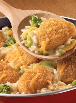Your family will love this crispy chicken and cheesy skillet recipe! #broccoli