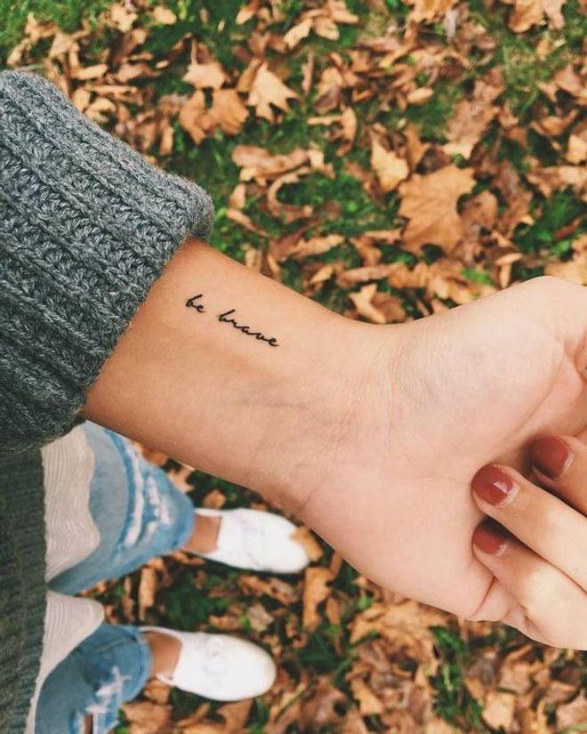 Tatuajes Pequenos Para Mujer 30 Ideas Inspiradoras En Clave Minimal Tatuajes Femeninos Tatuajes Finos Tatuajes Elegantes