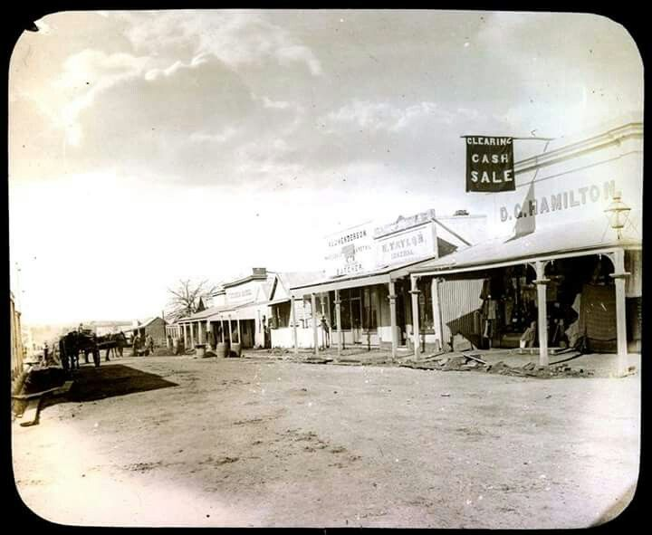 Main St,Rutherglen in Victoria in 1875.