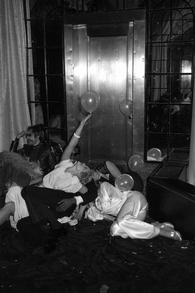 Studio 54 in its heyday..as photographed by Tod Papageorge , from his book Studio 54
