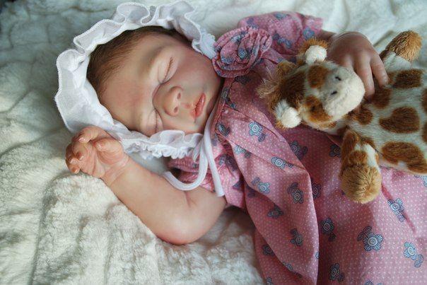 Малышка Дэйзи. Скульптор Сара Уэбб. Роспись Труничевой Ирины.