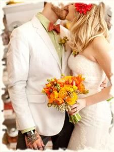 Сочетание цвета костюма жениха и невесты фото