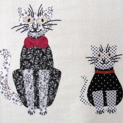 Cats and kittens patchwork templates | cat template quilting. Their are 13 pieces in this set, including the bow tie shape!  Look at the free pattern now included in the set.