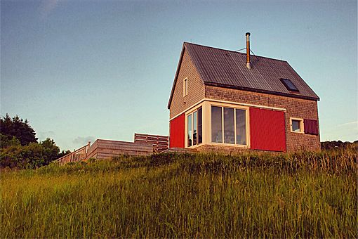 Cape Breton cottage Modern Vacation Rentals Canada | boutique-homes.com