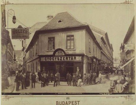BUDAPEST - Képgaléria - Régi Budapest - Kígyó tér 1896-ban