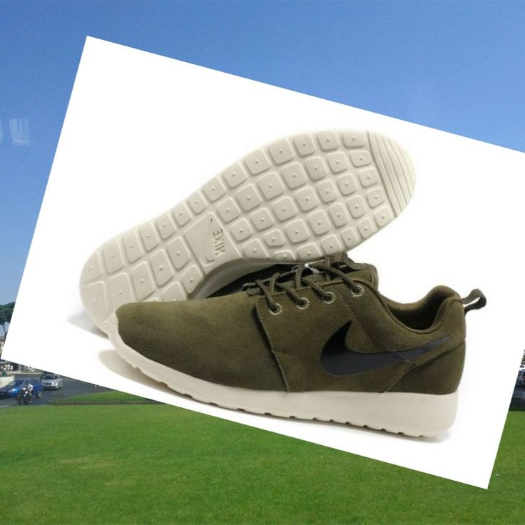 100% Autentico Nike Roshe Run Uomini Dell'esercito Verde Bianco Nero HOT SALE! HOT PRICE!