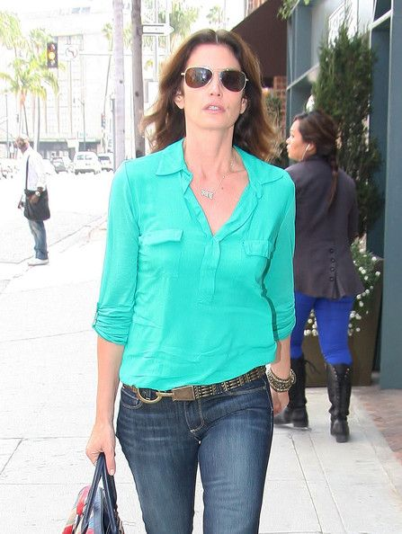 Cindy Crawford --jeans with cute belt