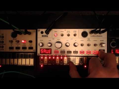 Korg Volca Bass Tutorial : How to do multiple VCO sequences. - YouTube