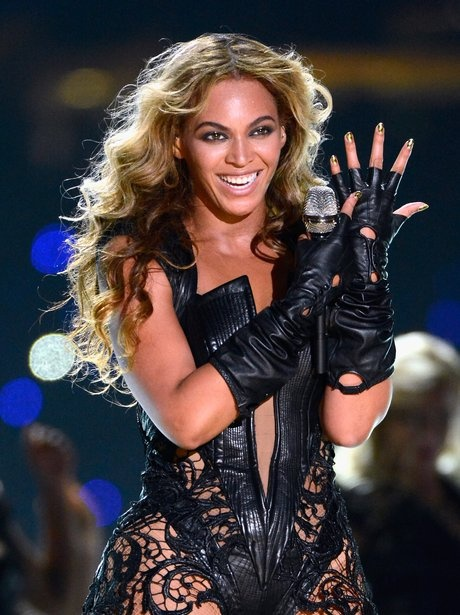 """knowles single girls After the release of her debut album, """"dangerously in love"""" (2003), the new york times penned a rather unenthusiastic review titled, """"the solo beyoncé: she's no ashanti""""."""