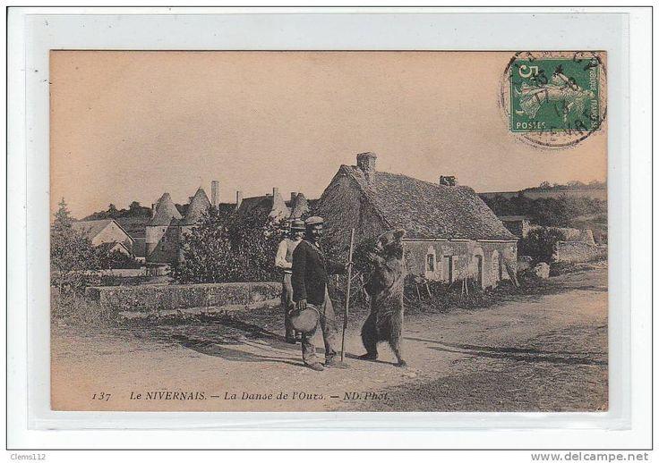sold for 640 EUR - Delcampe.fr  demonstratorzy niedźwiedzi na starych pocztówkach, bear street shows on vintage postcards