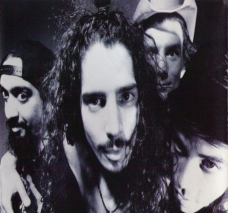 Soundgarden (1992)