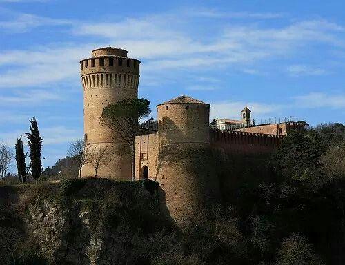 Rocca Manfrediana di Brisighella , Italia - 44°13′00″N 11°46′00″E