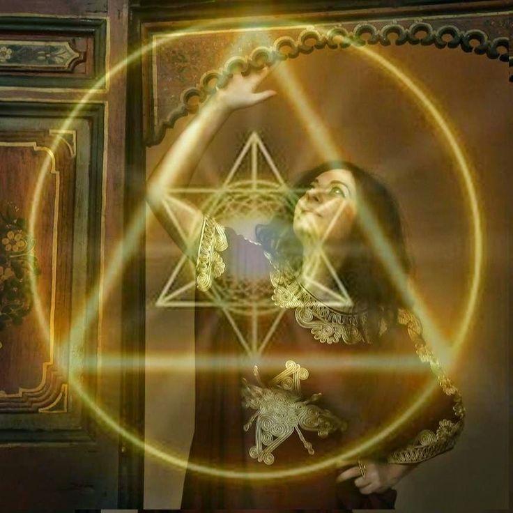 Vengo da Venere a ristabilire il culto della Dea. Mi pare abbastanza.