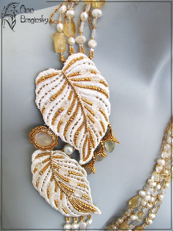 """""""White Nights"""" necklace by Anne Braginsky. Bead embroidery, strung."""