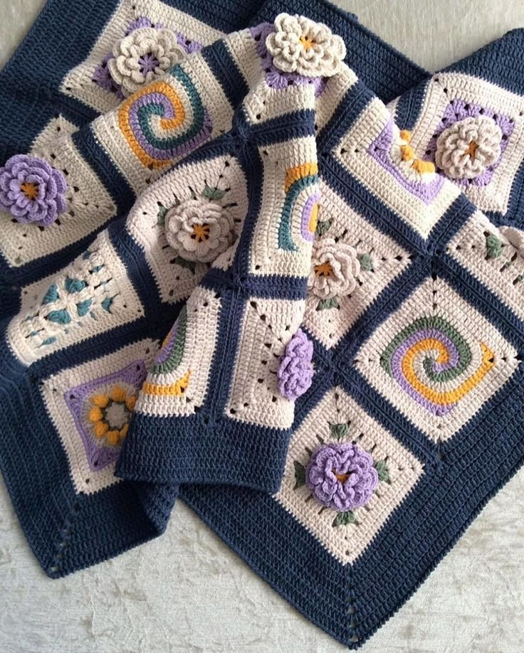 How adorable is this???  @nesimerciger ❤️❤️❤️  #crochet #crocheted #crocheting #croche #crocheter #crochê #croche #crochetersofinstagram #crochetaddict #crochetlover #popcorncrochet #handmade #handmadebyyaruze #crochet365 #crochetlove