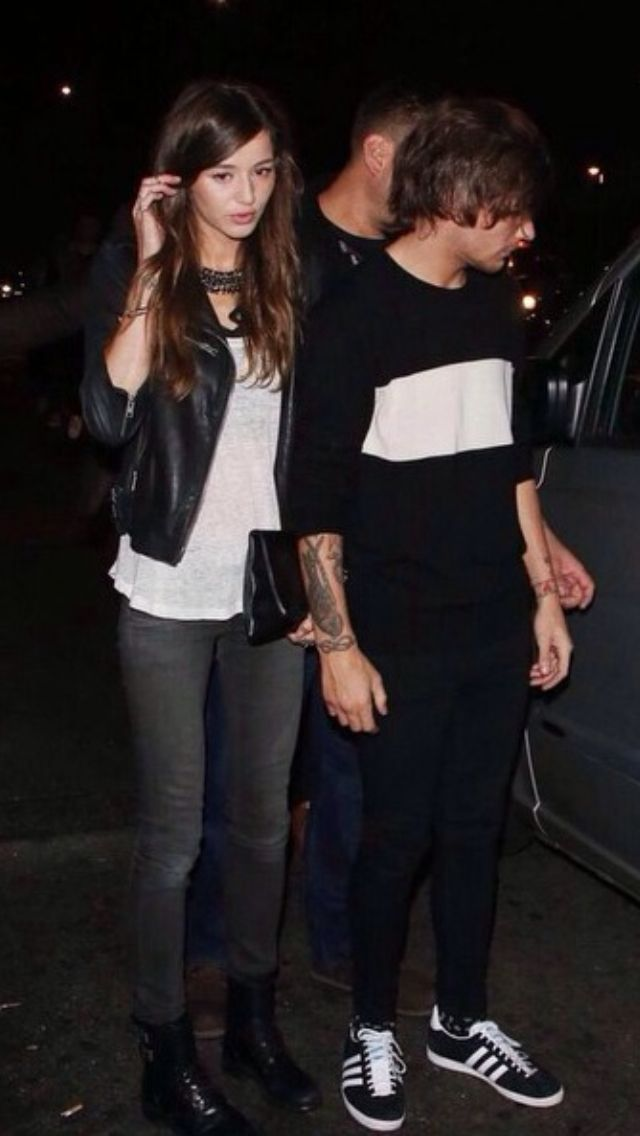 Eleanor and Louis leavening nialls birthday party last night 09/06/2014