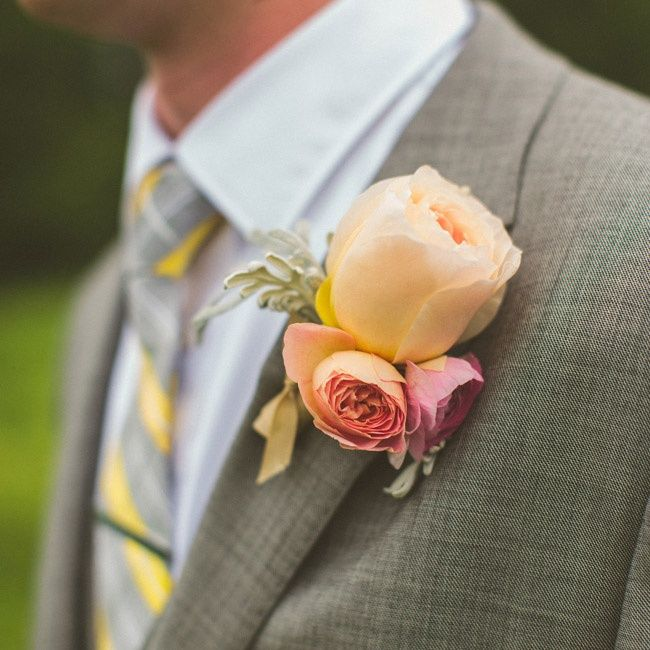 unique peach garden rose boutonniere to pin a including video