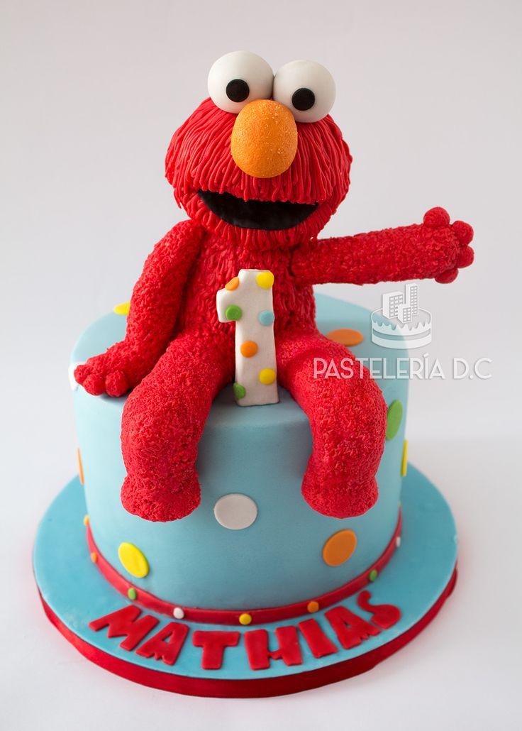 Torta temática de Elmo para el primer cumpleaños de un niño / Elmo cake for a first birthday.