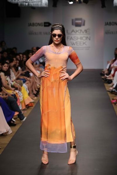 Lakmé Fashion Week – Farah Sanjana at LFW SR 2014