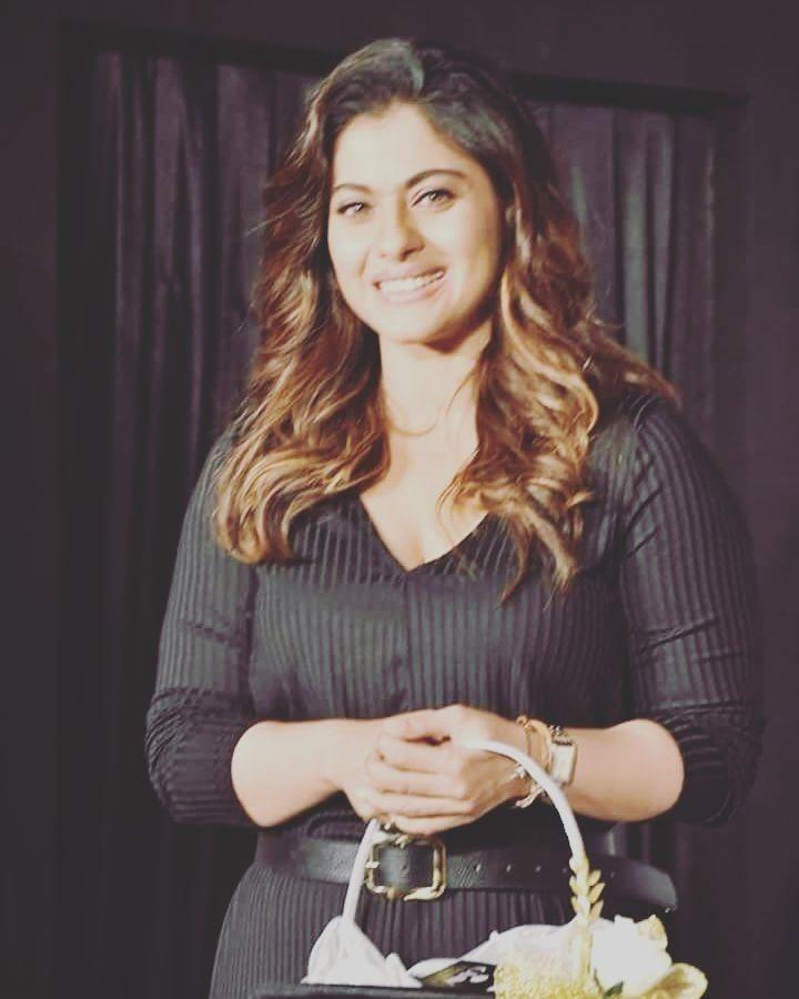 regram @bollywood_india__my_paradise_ Oh wow.. beautiful Kajol so cute   queen Kajol   #bollywoodmyparadise  #bollywoodmylove  #bollywoodactress  #bollywoodstyle  #bolly #bollywood #hindi #India #kajoldevgan  #indiangirl #kajol_fc  #kajoldevgan  #kajol_fans  #bollywoodkajol #kajol #kajolmukherjee  #queenbollywood #queenkajol