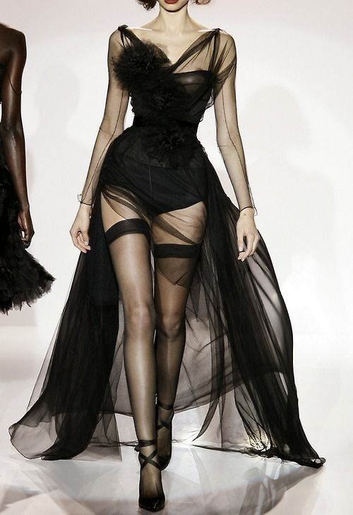 What do you think? Would you wear it? Jasper Conran Fall 2009 RTW