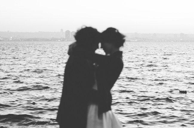 Love in Burlington, ON Alisha Lynn Photography Toronto, ON Portrait Photography Black and White