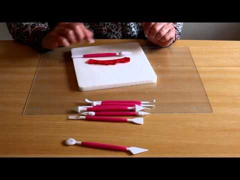 Ma vidéo: utilisation des outils pour pâte à sucre