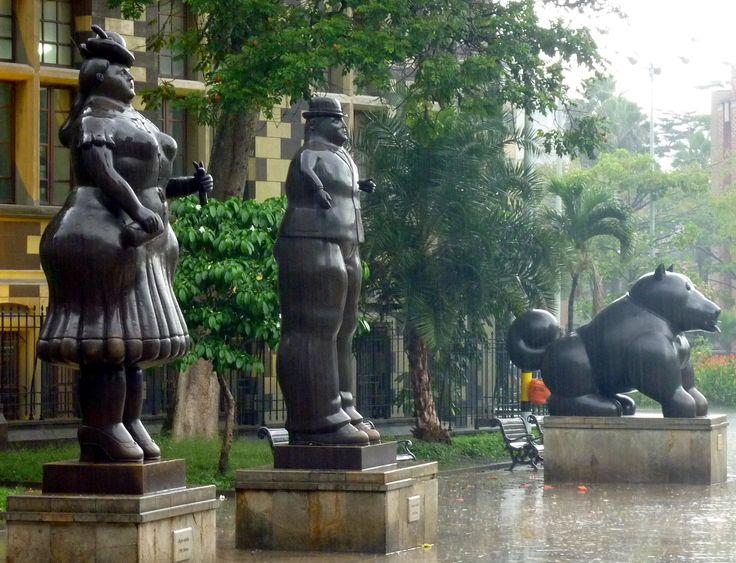 Les statues de #botero #medellin #colombie