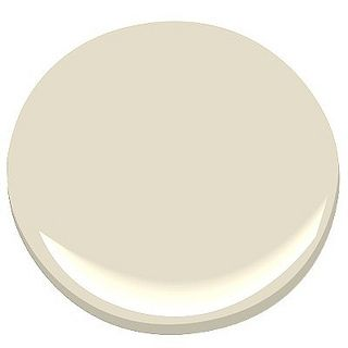 Benjamin Moore Creamy White OC-7 : This rich, pure, color by Benjamin Moore is an honest cream that doesn't throw any surprise green or yellow undertones.