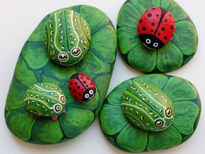DIY Painted Stone Art To Look Like Ladybugs And Frogs On Leaves