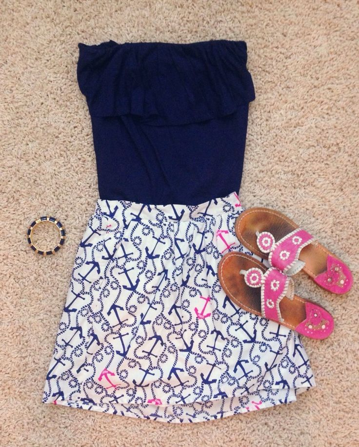 Lilly Pulitzer & Jack Rogers my favorite couple. #southernprep