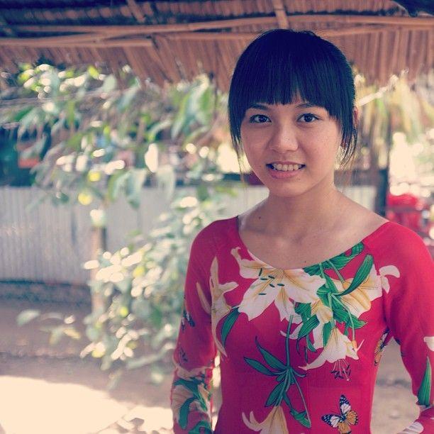 Vietnam, food seller.