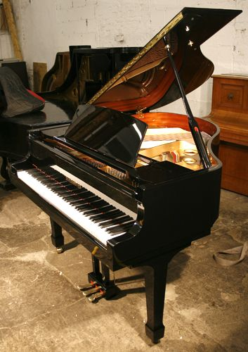 14 best images about student pianos on pinterest models for Small grand piano