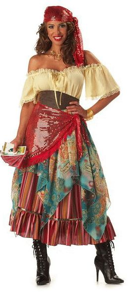 Gypsy costume! I could finally fulfill my dream of becoming Esmeralda :D