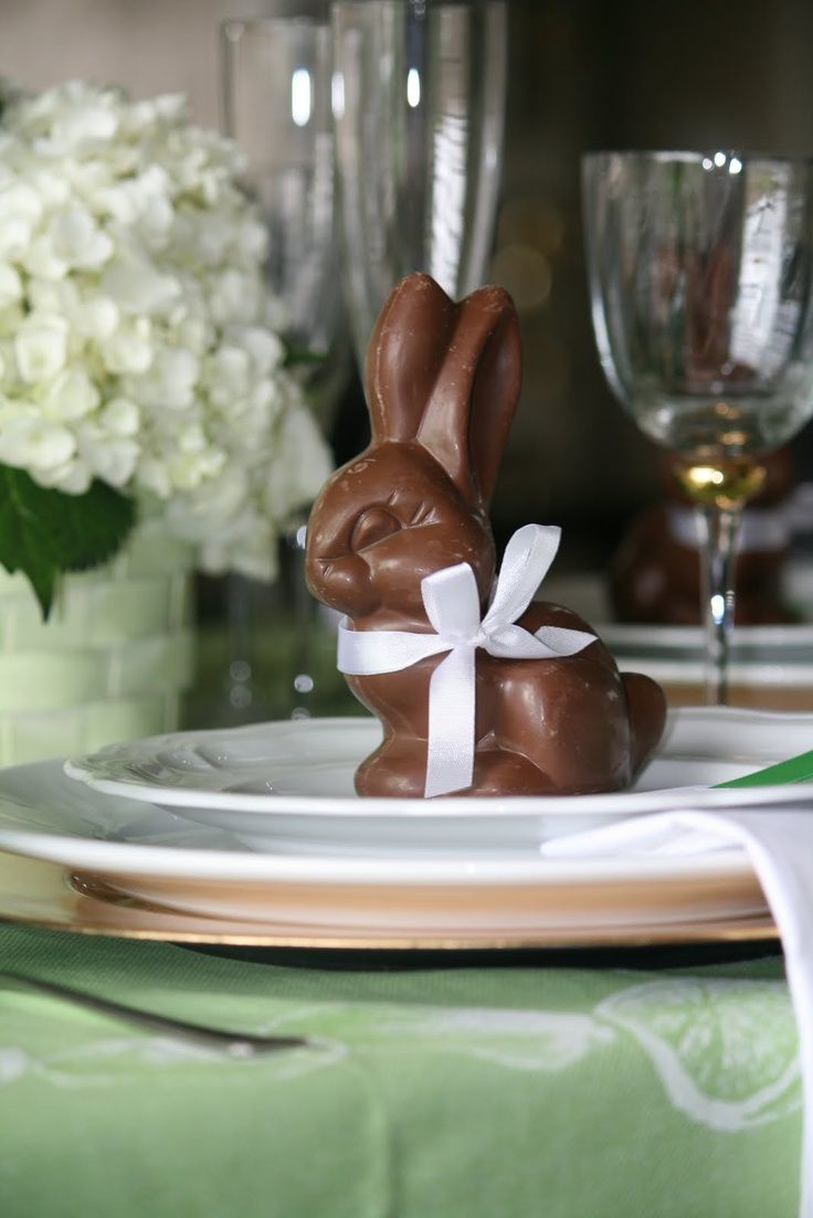 chocolate bunny table setting.