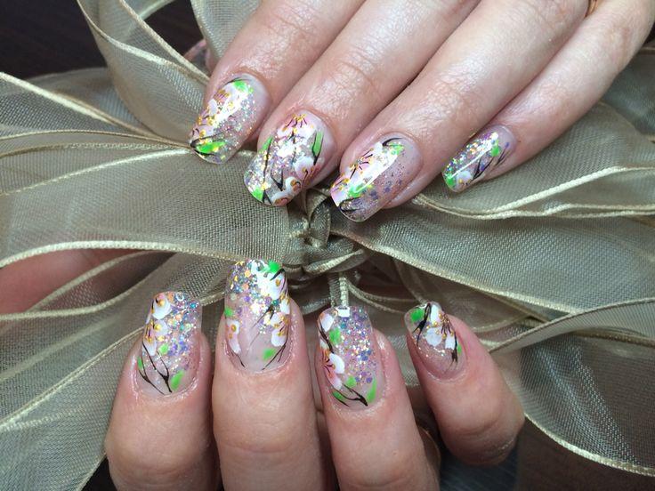 Наращивание ногтей, роспись