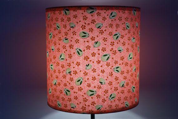 abat-jour en papier washi, asanoha rose et petits lapins  / lampshade, handmade quality washi paper, pink asanoha with little rabbits