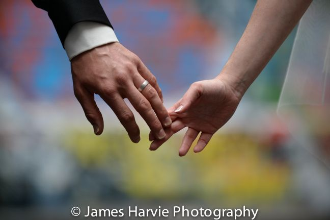 Hosier Lane Wedding Photo ideas: http://www.harviephotography.com.au