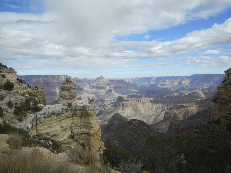 Road Trip Planner for Visiting the Grand Canyon South Rim - http://www.theconstantrambler.com/road-trip-planner-visiting-grand-canyon-south-rim/