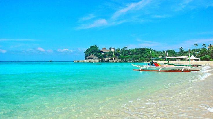 "@live_life_love_travel on Instagram: ""Beautiful aqua blue waters of Boracay."""