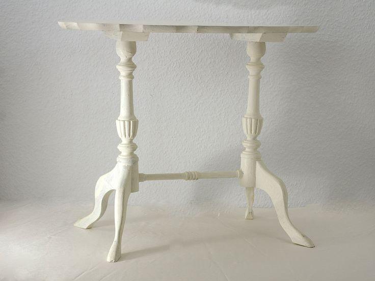 beistelltisch kleiner weisser tisch kalkfarbe von schlueter home design auf. Black Bedroom Furniture Sets. Home Design Ideas